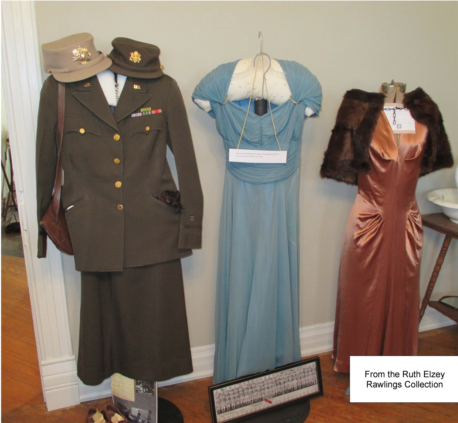 Clothing worn by Ruth Elzey